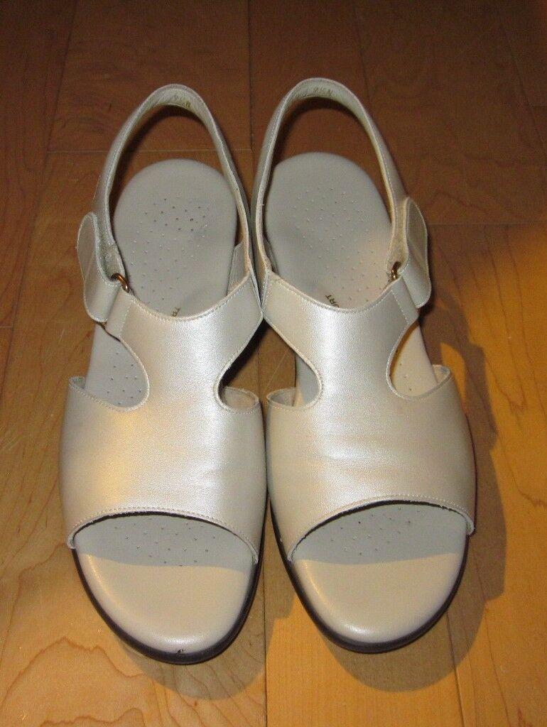 SAS Tripad Comfort Wms Pearl Beige Sandals 8.5 N