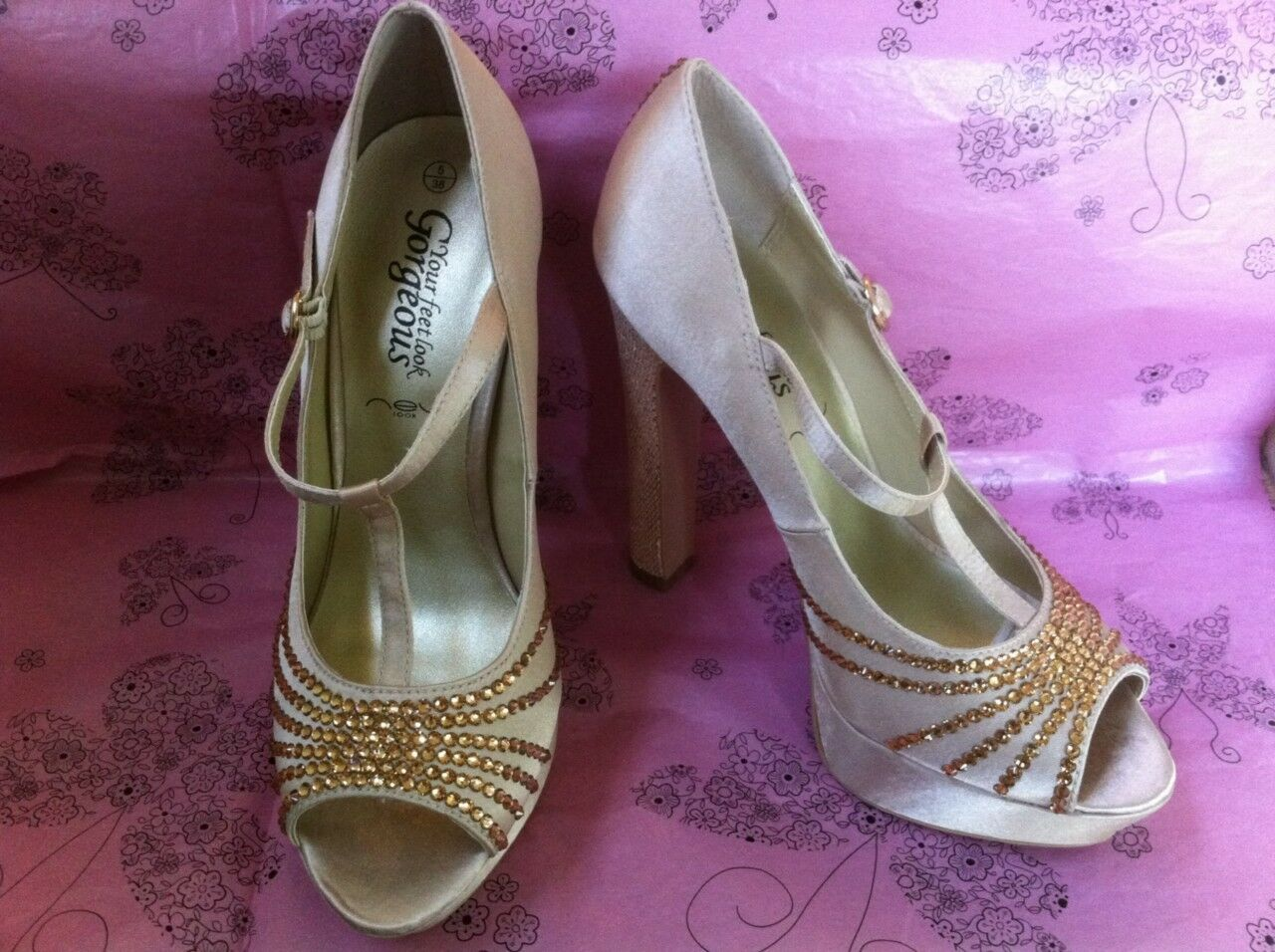 Ivory Satin, Gold Crystal,Glitter Heel Bridal schuhe Made With SWAROVSKI ELEMENTS