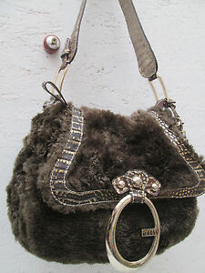 AUTHENTIQUE-sac-besace-GUESS-TBEG-vintage-bag
