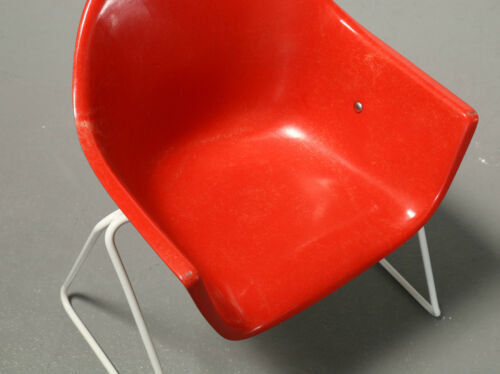 Walter Pope, Shell Chair Wilkhahn Red Children Chair Child Chair Mid Century 50er
