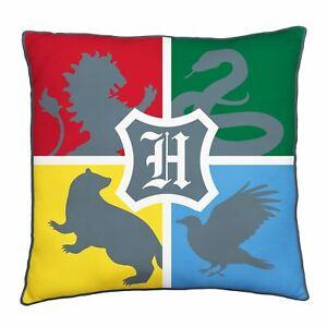 Harry-potter-Alumni-Coussin-Carre-Poudlard-Ecole-Crest