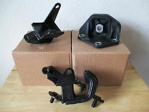 2003 2007 set of 3 manual transmission mounts for honda. Black Bedroom Furniture Sets. Home Design Ideas