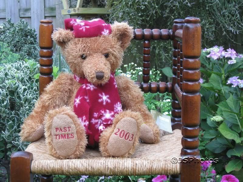 Russ UK Past Times Snowflake Edwardian Bear Ltd Ed