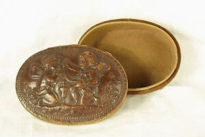 Boite En Cuir Ayx Chérubins Ou Angelots C 1900, 75 G 11 Cm Ancient Leather Box