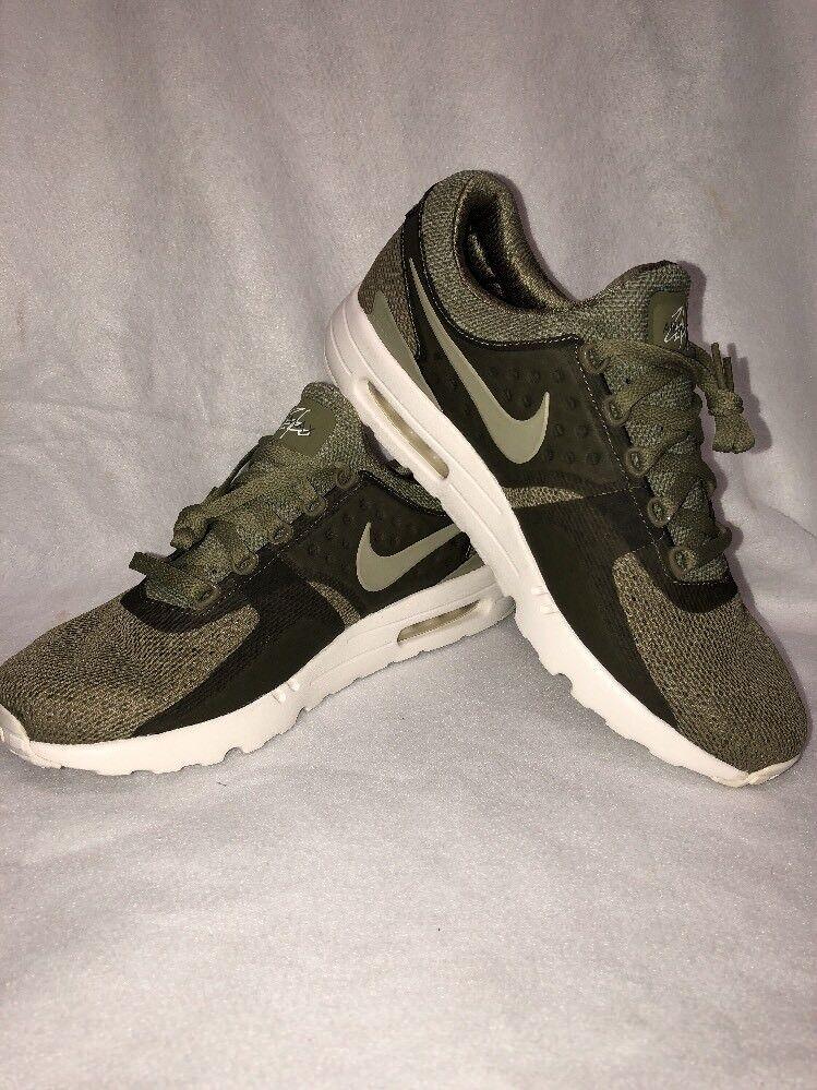 Nike Mens Size 12 Air Max Zero BR Running Shoes Sneaker Khaki Green 903892-200