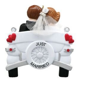 PERSONALIZED-CHRISTMAS-ORNAMENT-VINTAGE-WEDDING-CAR-RUDOLPH-AND-ME