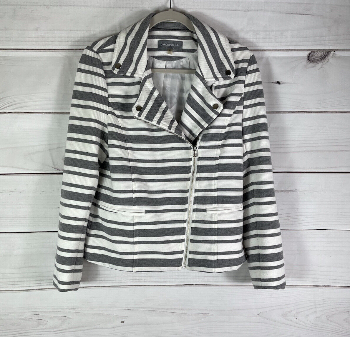 Bagatelle Striped Knit Moto Zip Up Jacket Gray White Textured Casual Lined Sz L