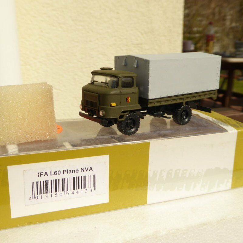 Roco Herpa Minitanks 744133 IFA Camion de plan l 60 60 60 NVA green color camouflage 1f92e3
