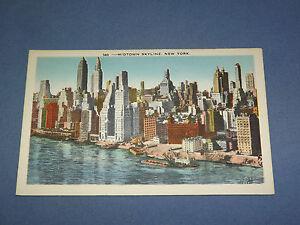 VINTAGE MIDTOWN SKYLINE     NEW YORK   POSTCARD
