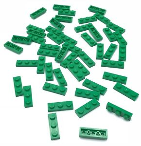 Lego-50-New-Green-Plates-1-x-3-Dot-Pieces