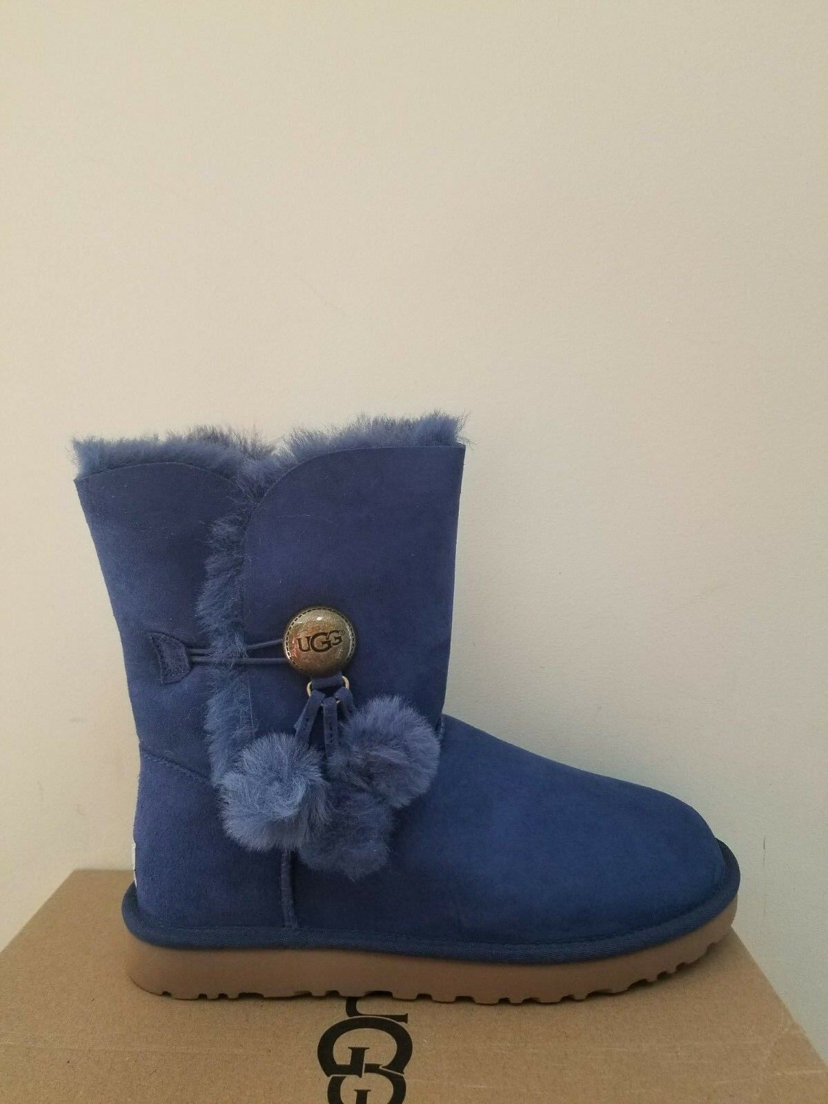 Ugg Australia Womens Bailey Button Puff Boots Größe 7 NIB