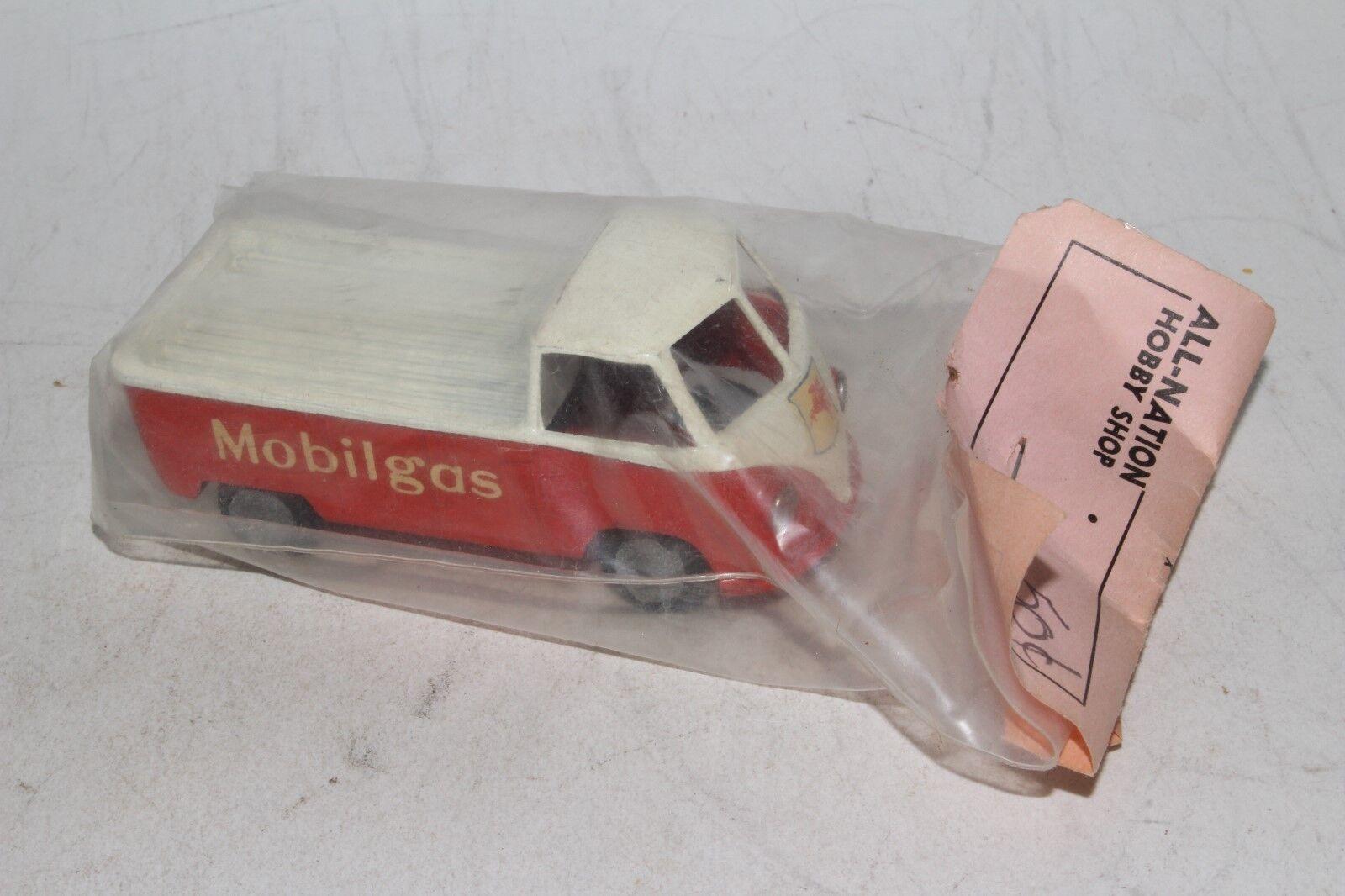 Tekno Toys 1950 s Volkswagen Mobil Oil Pickup Packed in Header väska