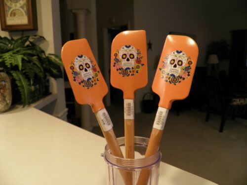 William Sonoma Day of the Dead Sugar Skull 1 Large Spatula New with Tags
