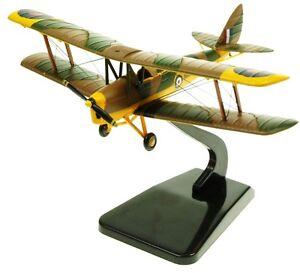 aviation72-av7221002-1-72-dh82a-Tiger-Moth-RAF-Entrenador-xl714-Marca-Nueva