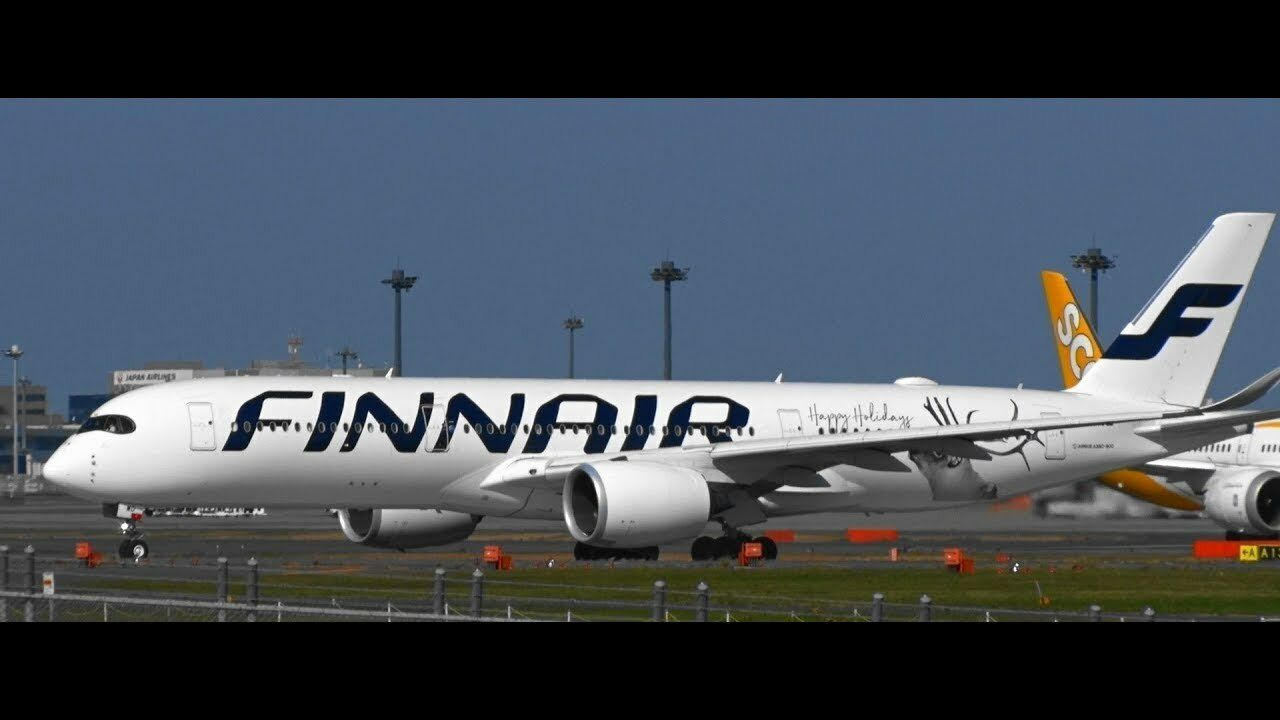 JC WINGS JCLH2196 1 200 FINNAIR AIRBUS A350-900 OH-LWD HAPPY HOLIDAYS LIVERY W S