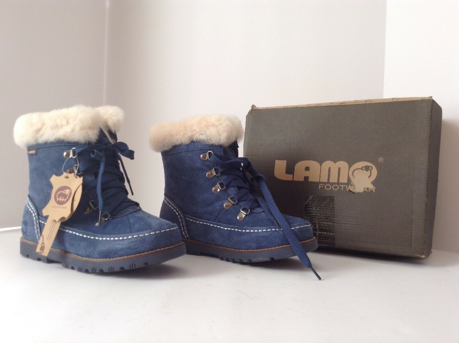 LAMO Women's Lace-up Ankle Boots with Fur Lining - Taylor - Navy - Sz 6 medium