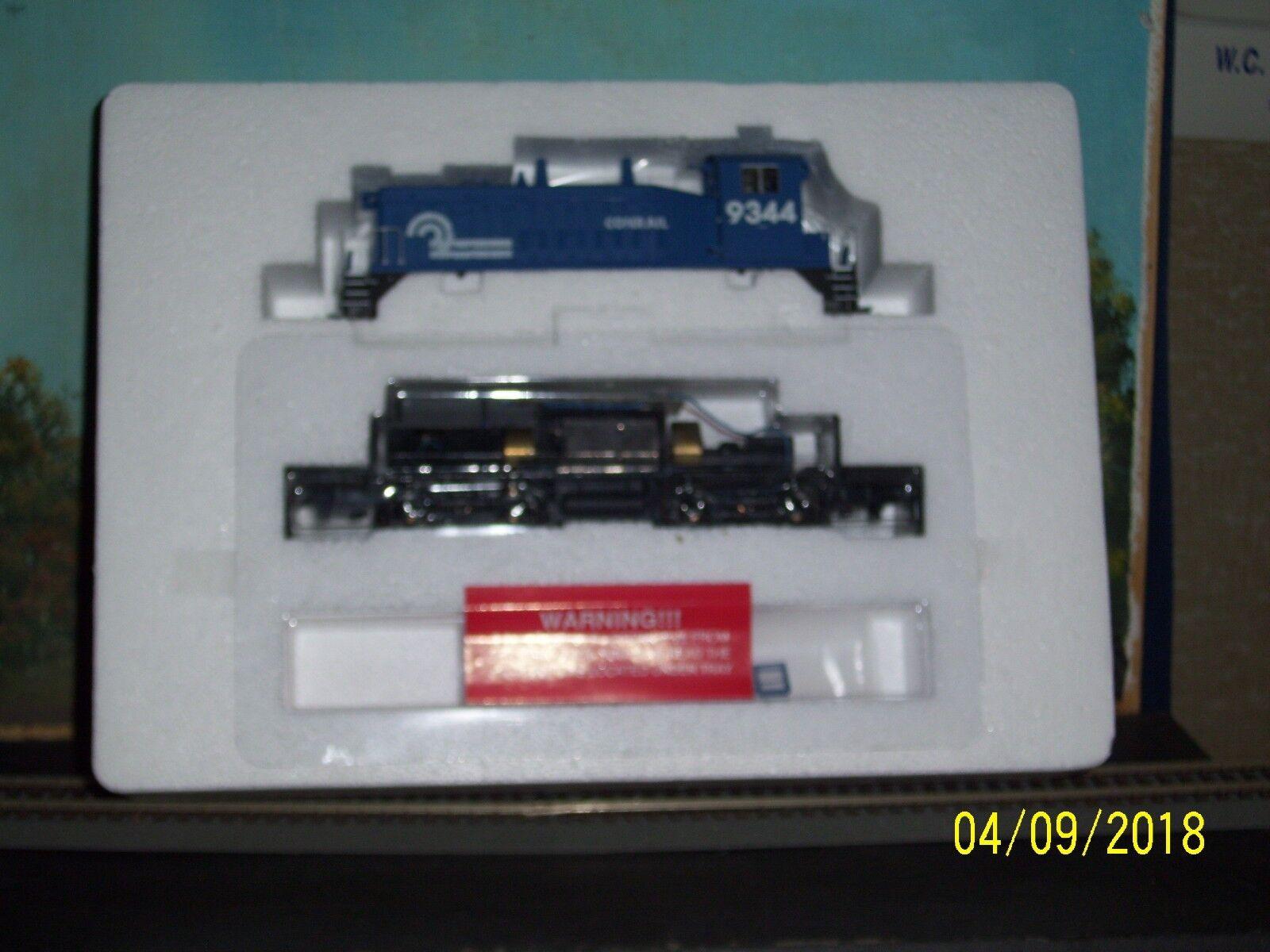 PredO 2000 HO SCALE  61 SW9 1200 CONRAIL  9344 POWERED