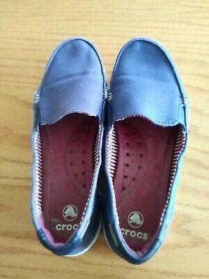Crocs women's walu canvas loafer size 8