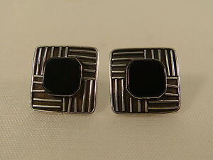 ONYX-STERLING-MODERNIST-LINES-EARRINGS-INDONESIA-TEXTURED-SQUARE-POST-MODERN
