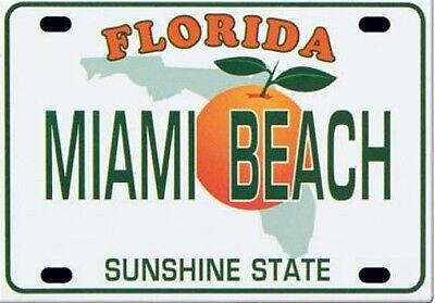 """MIAMI FLORIDA SKYLINE FRIDGE COLLECTOR/'S SOUVENIR MAGNET 2.5/"""" X 3.5/"""""""