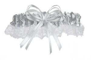 Silver-Satin-with-White-Lace-Trim-Wedding-Garter-Includes-Silver-Bow-Bridal