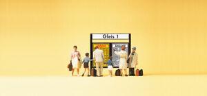 Preiser 79145 Spur N Figuren, Reisende vor Fahrplantafel #NEU in OVP#