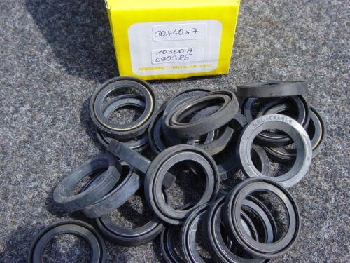 Shaft Sealing Ring Seal Ring 30x40x7 SPARES DDR S 090385