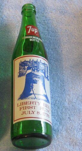 7UP GREEN Glass LIBERTY BELL 16 Ounce  SODA  Pop  BOTTLE  1776 1976 BICENTENNIAL