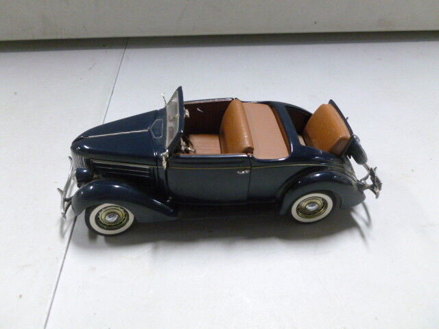 Danbury Mint 1936 Ford Deluxe Deluxe Deluxe Cabriolet 32b20f