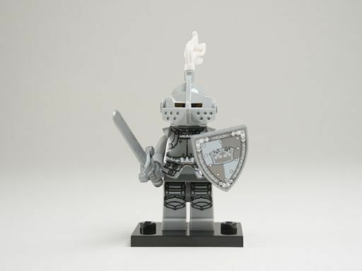 NEW LEGO MINIFIGURES SERIES 9 71000 - Heroic Knight