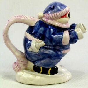 Blue-amp-White-Ski-Skier-Skiing-Winter-Sports-Collectable-Tea-Pot-Display-Teapot