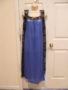 NWT-Intimate-glamourous-blue-black-lace-trim-long-nightgown-amp-bikini-set-small