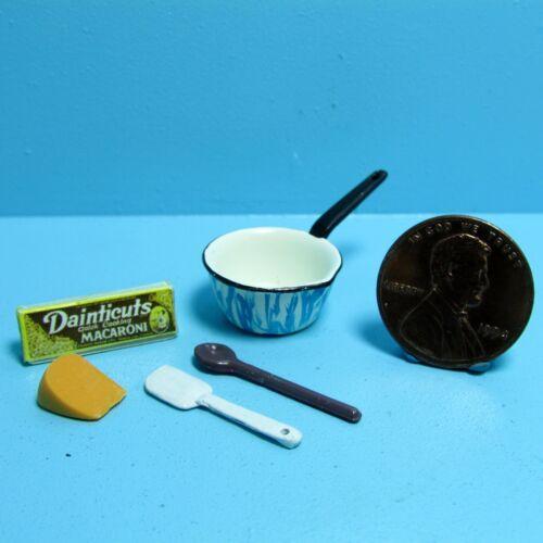 Dollhouse Miniature Making Macaroni /& Cheese Set ~ CAR0905
