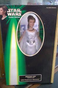 Star-Wars-1999-Portrait-12-in-Figur-Prinzessin-Leia-Zeremoniell-Ballkleid-Carrie
