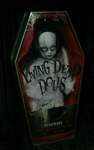 Living-Dead-Dolls-Resurrection-Revenant-Res-Series-7-Signed-Sealed-sullenToys