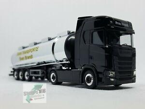 Herpa-932684-scania-CS-HD-remolcarse-asfalto-cowboys-DMax-Brandt-transportes