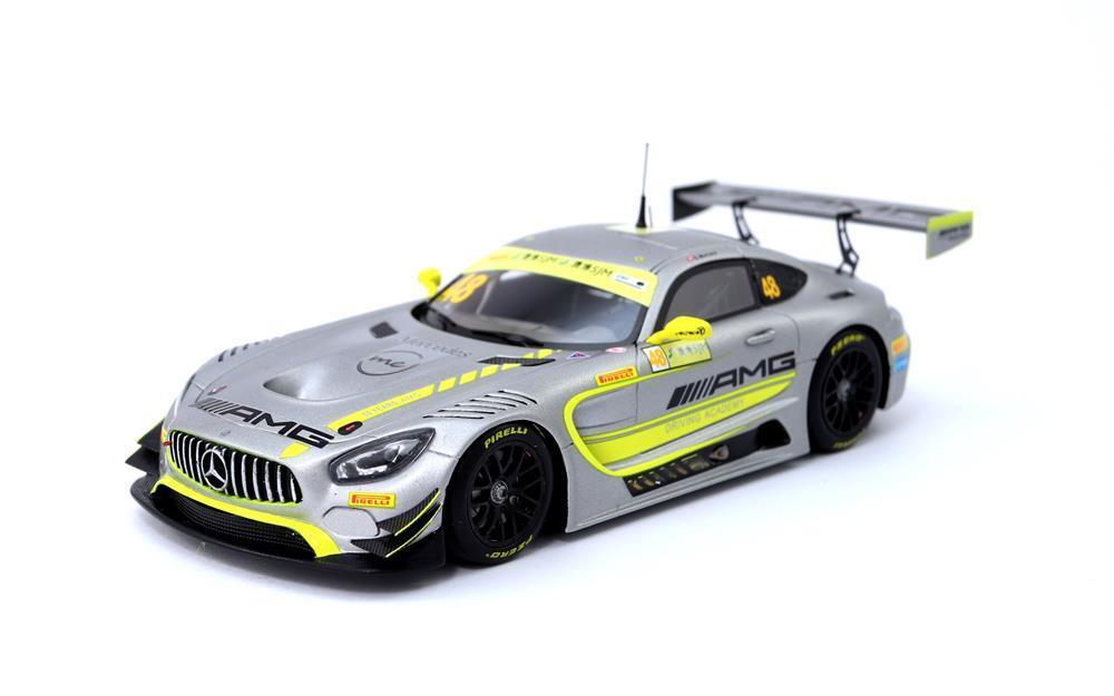 Mercedes-AMG Winner Macau GT 2017, Edoardo Mortara 1 43 Scale by Spark