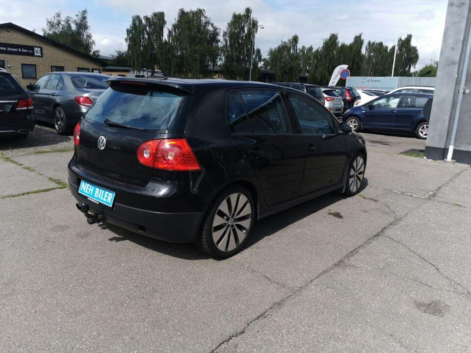 VW Golf V 2,0 GTi Benzin modelår 2006 km 236000 Sort træk 1 ABS
