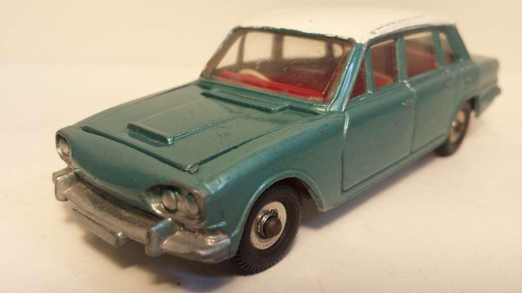 online al mejor precio Dinky Triumph 2000 2000 2000 original  usado, bien recibido ALT   no reedición   almacén al por mayor