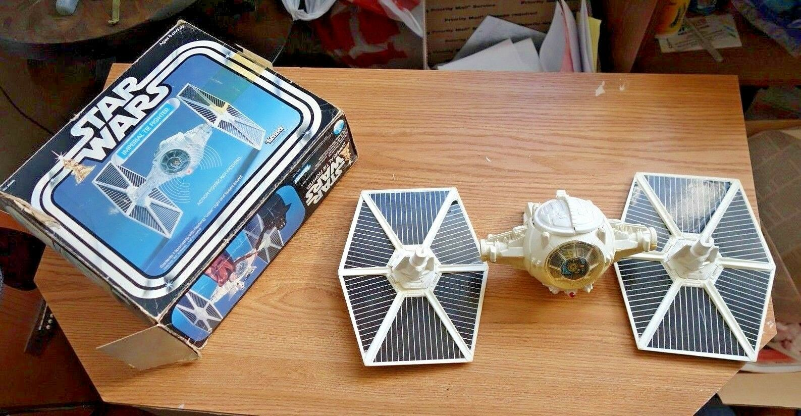 Vintage 1977 Kenner Star Wars Imperial TIE-Fighter Complete w/Box w/Box w/Box 202655