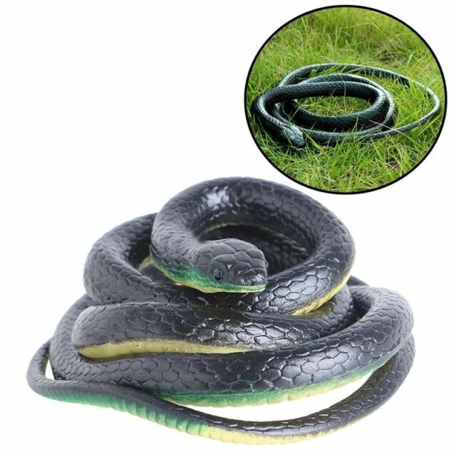 Soft 130cm Realistic Rubber Snake Toy Garden Props Joke Prank  Halloween Prop