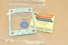 NOS Yamaha TZ750 DT2 RT2 YZ80 YZ125 MX125 IT125 EX440 GP440 Valve Seat Gasket
