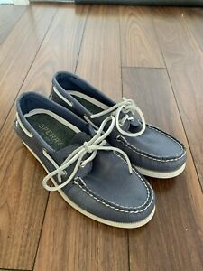 8-US-SPERRY-Top-Sider-Original-2-Eye-Navy-Leather-Boat-Shoe