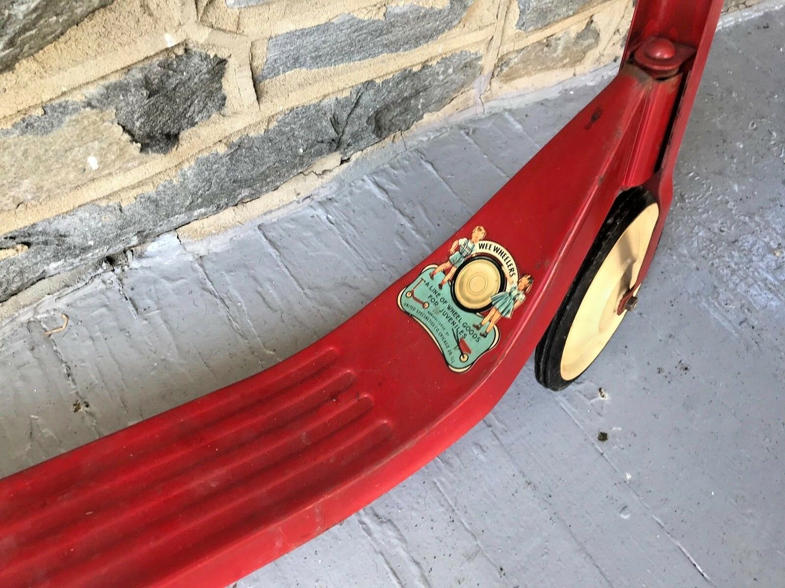 Antique Antique Antique Wee Wheeler Scooter Red Metal w Logo Decal bf3a01