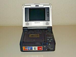 Sony-GV-D1000-miniDV-Walkman-Recorder-PAL-defekt-schaltet-nicht-ein