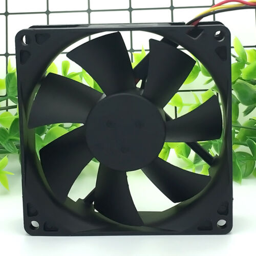 FOXCONN PV902512L 12V 0.16A 90*90*25mm 3Pin Cooling Fan