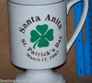 Santa-Anita-Caballo-Carreras-st-Patrick-039-s-Day-Taza-4-5-034-Vtg-1987-Calcetines