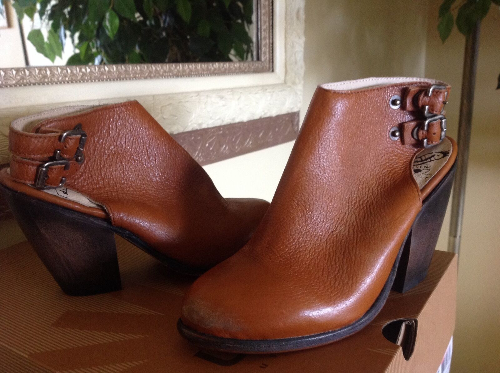 FREEBIRD BY STEVEN Smoke Womens TAN DISTRESSED LEATHER Ankle BOOTIE 6M  245