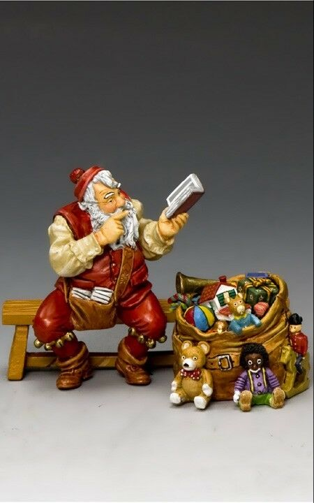 KING AND COUNTRY COUNTRY Santa & His Notebook XM014-04