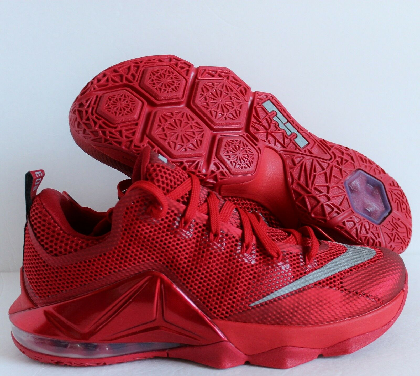 NIKE LEBRON XII LOW UNIVERSITY RED-REFLECTIVE SILVER Price reduction The most popular shoes for men and women